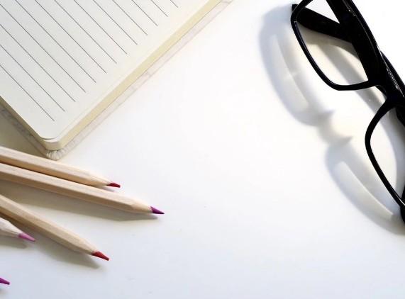 怎样让文案更有吸引力?文案如何赢得读者信任?/《爆款文案》拆书